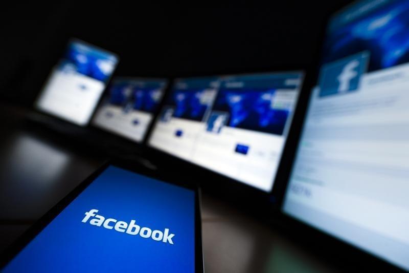 © Reuters.  17 minutos de carnificina: como o atirador da Nova Zelândia transmitiu seus assassinatos no Facebook