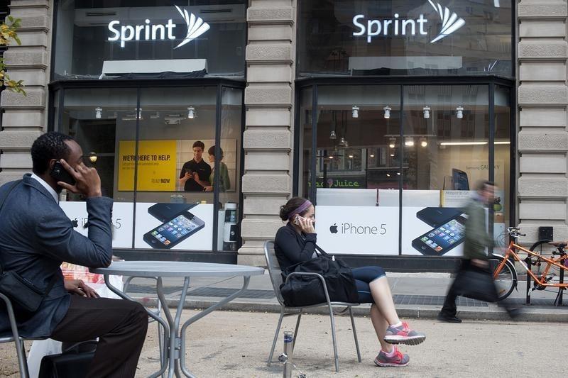 Sprint Sinks as Several Attorneys General Bid to Thwart T-Mobile Merger