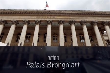 France shares higher at close of trade; CAC 40 up 0.14%