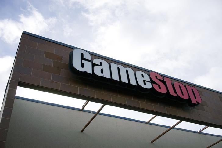 GameStop Halted After Dizzying Rise in Volatile Trading