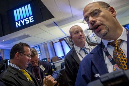 Stocks - Dow Rebounds as Rampant Tech Lifts Sentiment