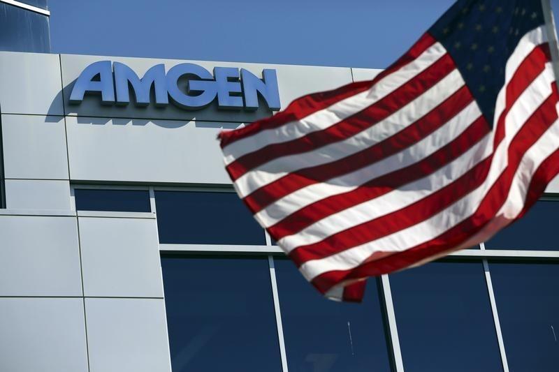 © Reuters. Amgen Stock Falls 3%