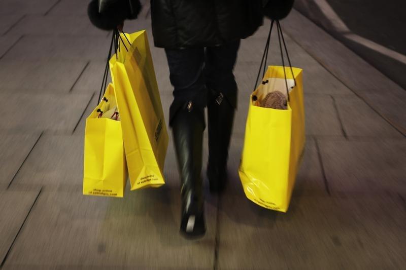 © Reuters.  Las ventas minoristas del Reino Unido aumentan un 1,4% frente al 0,4% previsto
