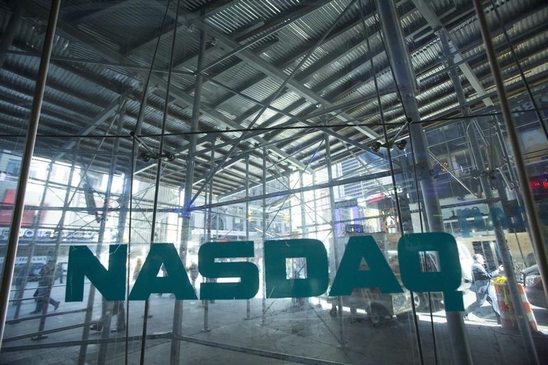 © Reuters.  Dow Jones, S&P 500 e Nasdaq fecham semana com novos recordes
