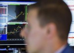 US STOCKS-S&P, Dow fall as oil drop hurts energy; chipmakers boost Nasdaq