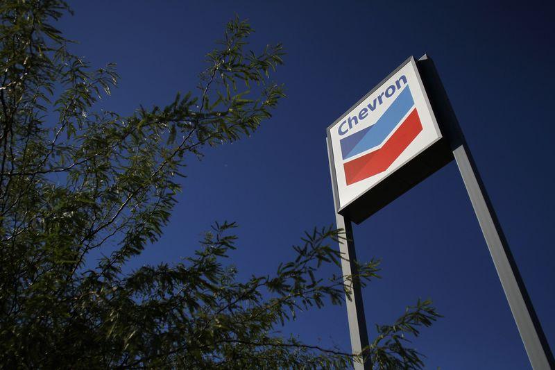 © Reuters. Chevron Stock Rises 3%