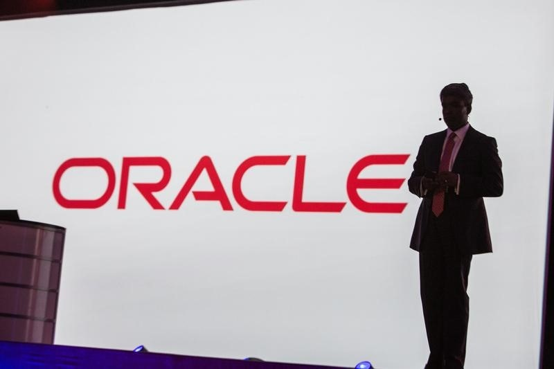 Stocks - Hertz, Activision Blizzard Rise Permarket; Oracle Falls By In