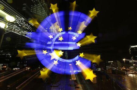 El crecimiento empresarial de la eurozona en mínimos de más de 2 años en octubre
