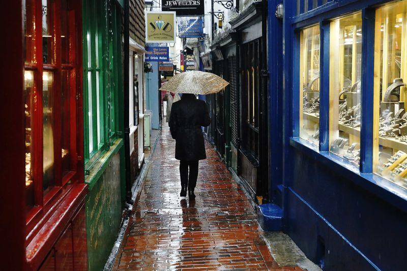 © Reuters.  UK retailers suffer worst October since 2008: BRC