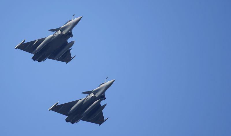 U.S. fighter jets again intercept Russian bombers off Alaska By Reuter