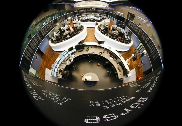© Reuters.  Allemagne: Les marchés actions finissent en ordre dispersé; l'indice DAX recule de 0,12%