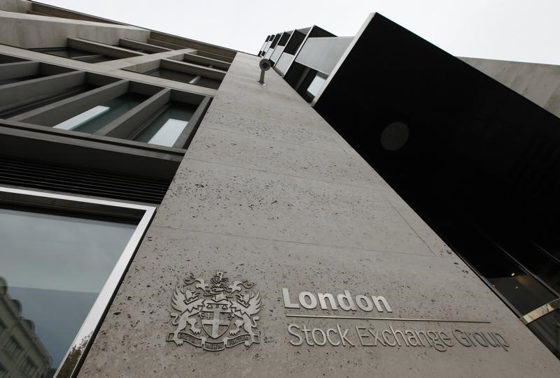 © Reuters.  U.K. stocks lower at close of trade; Investing.com United Kingdom 100 down 0.13%