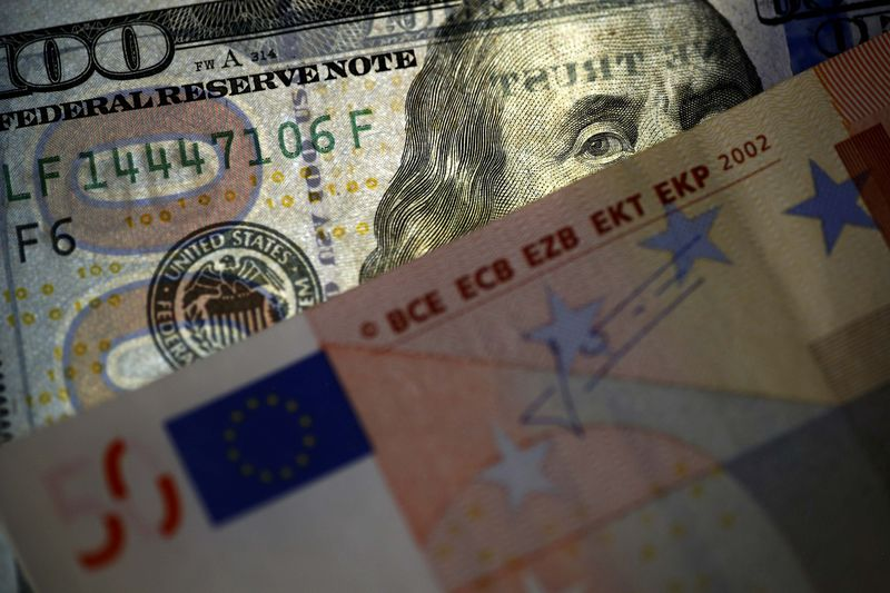 © Reuters.  Forex - EUR/USD upp under amerikanska sessionen