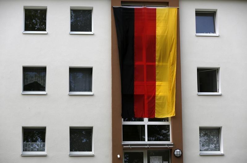 © Reuters.  German ZEW economic sentiment falls to -24.7 vs. -18.0 forecast