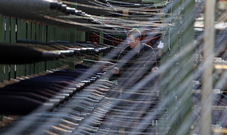 © Reuters.  UK factories report slump in demand after Brexit stockpiling push: CBI