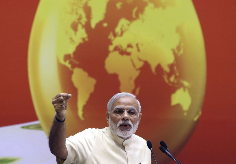 © Reuters.  India clears sale of