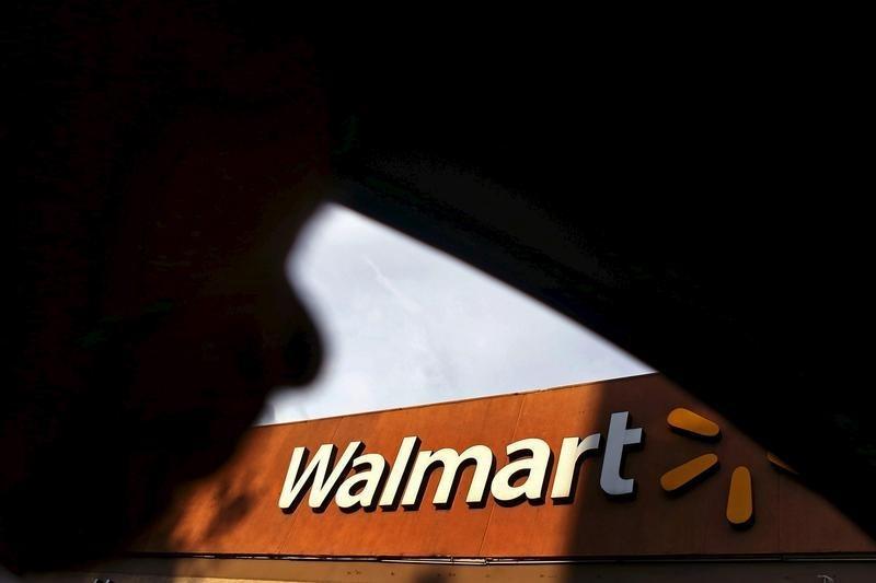 © Reuters.  Walmart registra salto no comércio eletrônico nos EUA