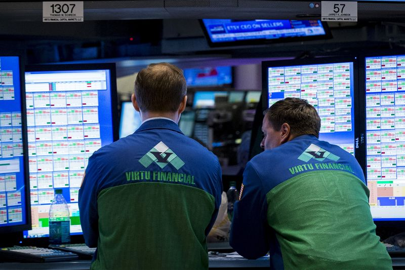 Stocks - S&P Struggles to a Tiny Gain; Boeing Rises By Investing.com