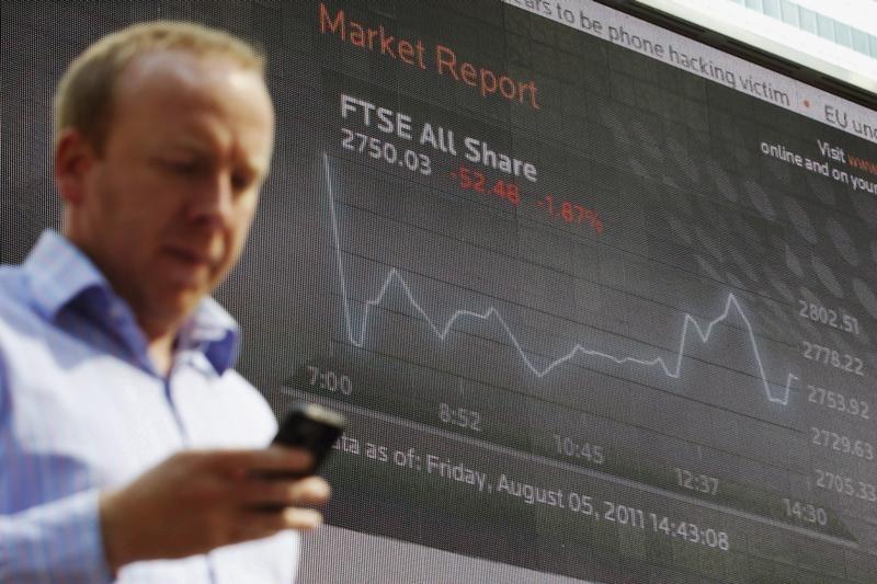 © Reuters.  UPDATE 1-UK Stocks-Factors to watch on Jan 2