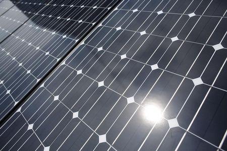 """ENTREVISTA-WEG surfa em """"boom"""" de geração solar distribuída e abocanha 1/3 do mercado"""