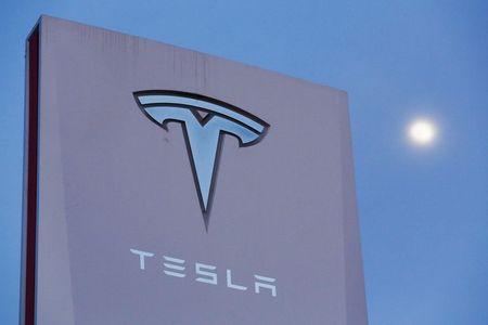 Los expertos dan alas a Tesla, que alcanza los 500 dólares en bolsa