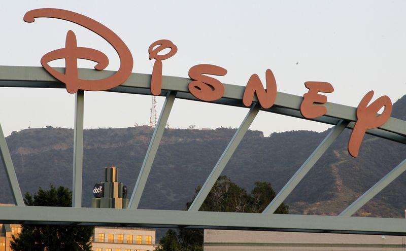 Disney, Airbnb Fall Premarket;  DoorDash, montée de flocon de neige