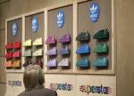 Credit Suisse hebt Ziel für Adidas auf 198 Euro - 'Underperform'