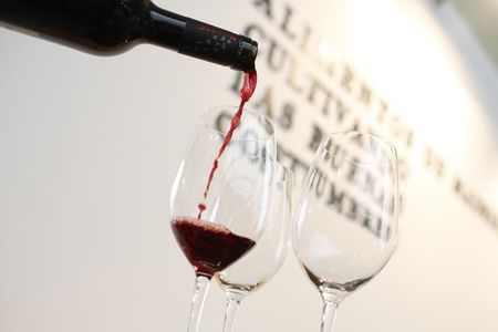 Indonesia Hentikan Impor Minuman Beralkohol dari Eropa