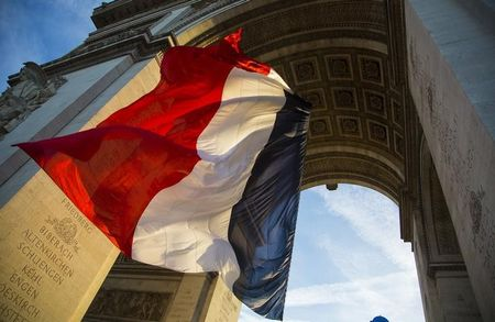 French economy now seen contracting by 11% in 2020 - Le Maire