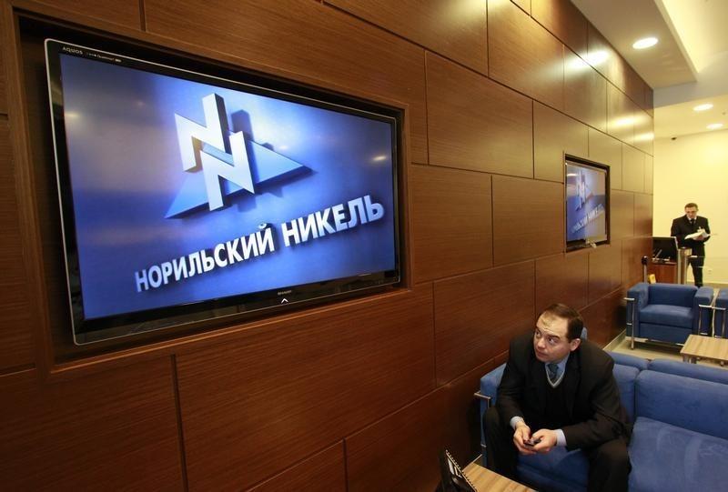 © Reuters.  Абрамович обрушил стоимость «Норникеля» на $1,4 млрд