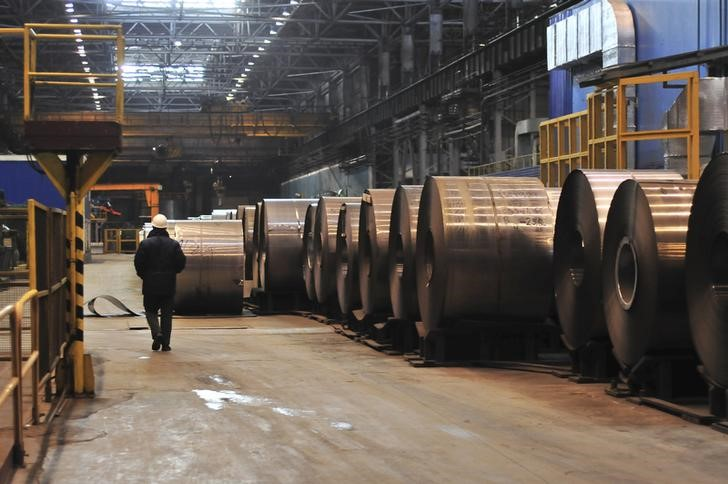 © Reuters.  India to probe subsidised stainless steel imports from China