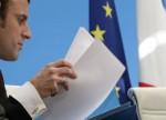 Macron escolhe primeiro-ministro de direita, quebrando velhas barreiras