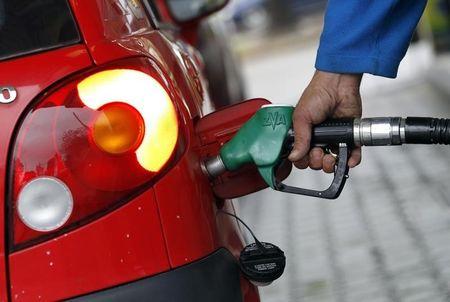 भारत आईओसी ने बांग्लादेश को ईंधन निर्यात करने के लिए पहला सौदा किया