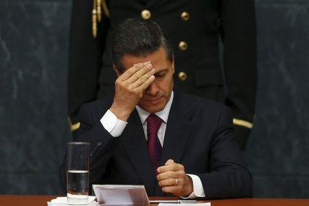 CORREGIDO-Angélica Rivera confirma divorcio con exmandatario mexicano Enrique Peña Nieto