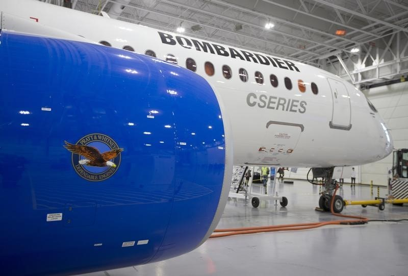 © Reuters.  Bombardier to buy Triumph's wing-making unit