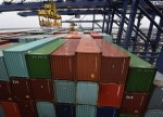 Défice comercial de bens Portugal agrava 7,7 pct entre Nov 2017 e Jan 2018-INE