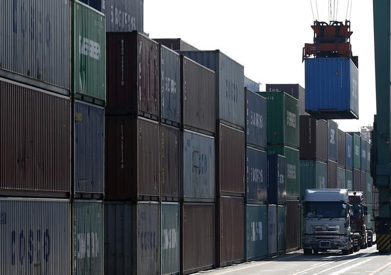 Дефицит внешнеторгового баланса Франции в июне увеличился до 3,4 млрд евро