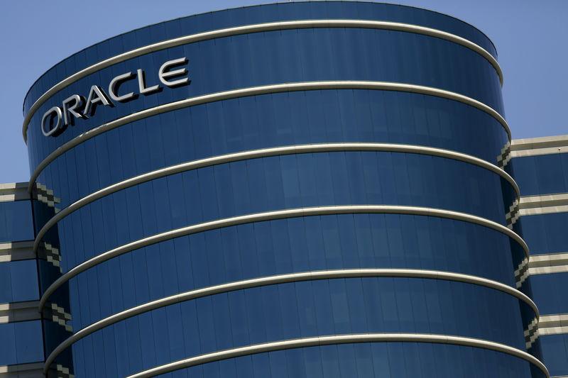 IBM vs. Oracle: Welche Aktie ist der bessere Kauf? Von The Motley Fool