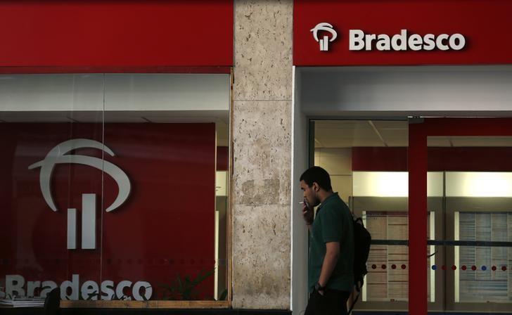 © Reuters.  Bradesco retomada de crédito a partir do fim de 2017, diz Trabuco