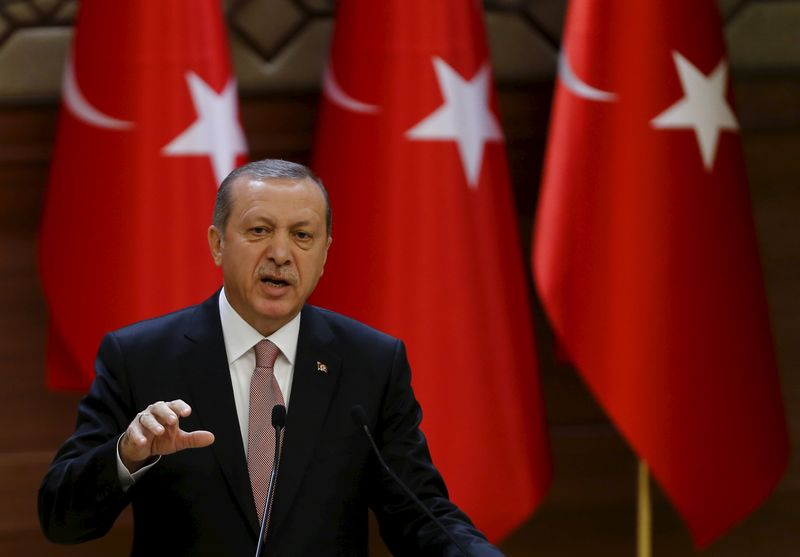 © Reuters.  Turquia afunda e derruba o Ibovespa; por que a lira turca afeta a bolsa e o real?