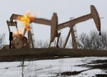 Crude Oil Prices Settle Lower as Rising Dollar, Output Hike Fears Weigh