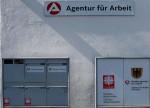 German jobless rate hits record low, job vacancies rise