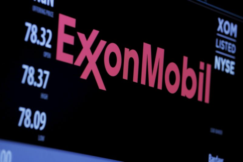 © Reuters. Exxon Mobil Earnings, Revenue Beat in Q3
