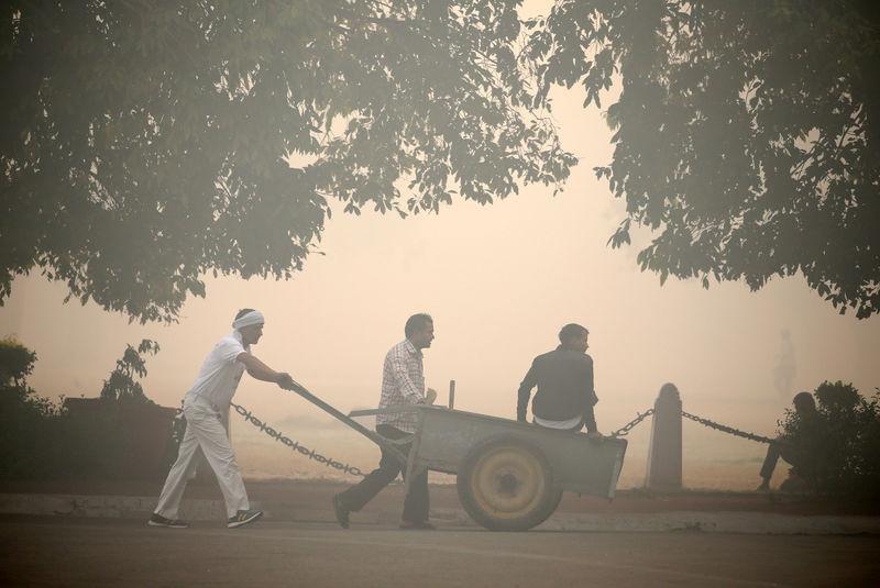 ©路透社。 独家:印度需要土地,劳动力改革以帮助制造业 - 首席经济顾问