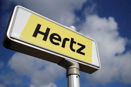 Hertz, Pfizer Rise Premarket; Gilead Falls on Remdesivir News