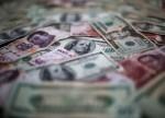 Peso mexicano retrocede por tercera jornada a la espera de datos sobre crecimiento local
