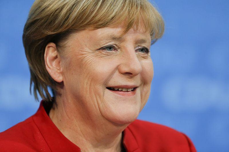 © Reuters.  Меркель в четвертый раз подряд избрана канцлером ФРГ
