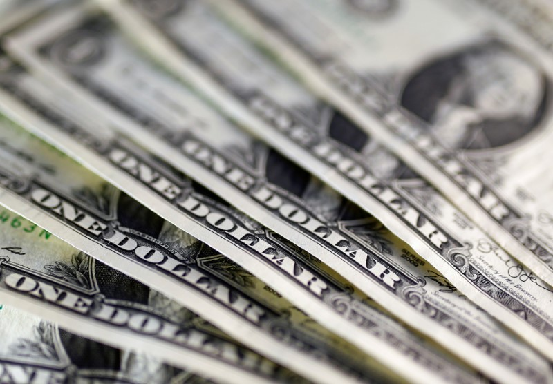 Dollar steadies ahead of debate but set for weekly loss on stimulus hopes