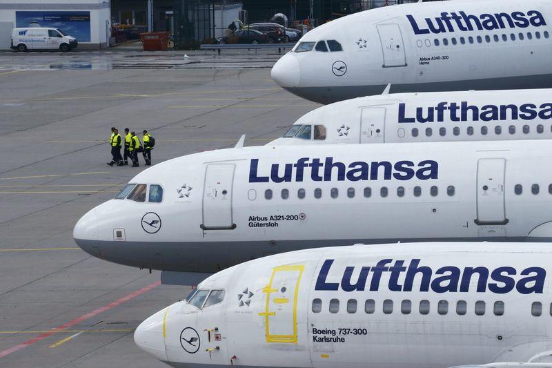 AKTIE IM FOKUS: Lufthansa rutschen weiter Richtung November-Tief