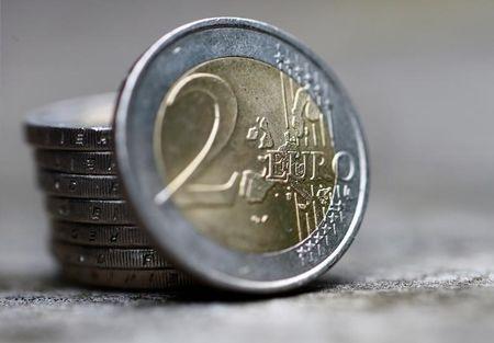 Devisen: Euro steigt leicht